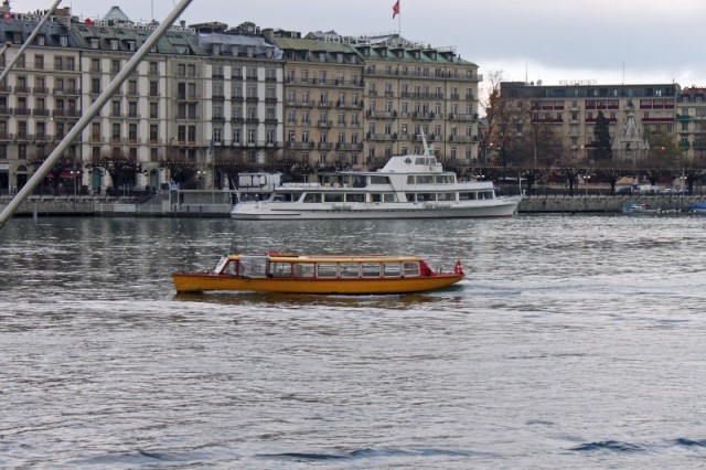 Mouette Water Bus and CGN Lake Cruise Boat in Geneva