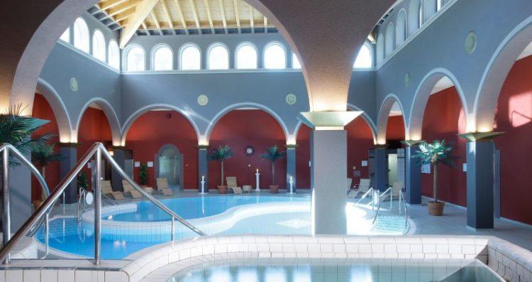 Indoor pools at Walliser Alpentherme & Spa Leukerbad - Loeche les Bains