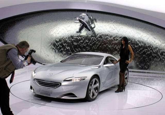 Peugeot Design Study at the Geneva Auto Salon 2010