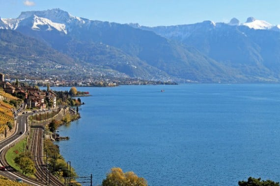 Lake Road and Railway Line to Vevey