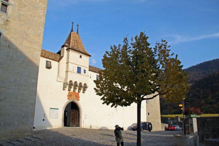 Entrance to the Château d'Aigle Castle