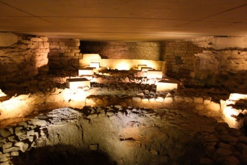 Explore the Geneva Cathedral Archaeological Site