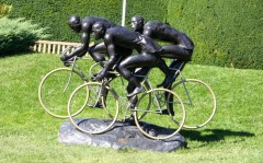 Cyclists in the Olympic Museum Park in Lausanne