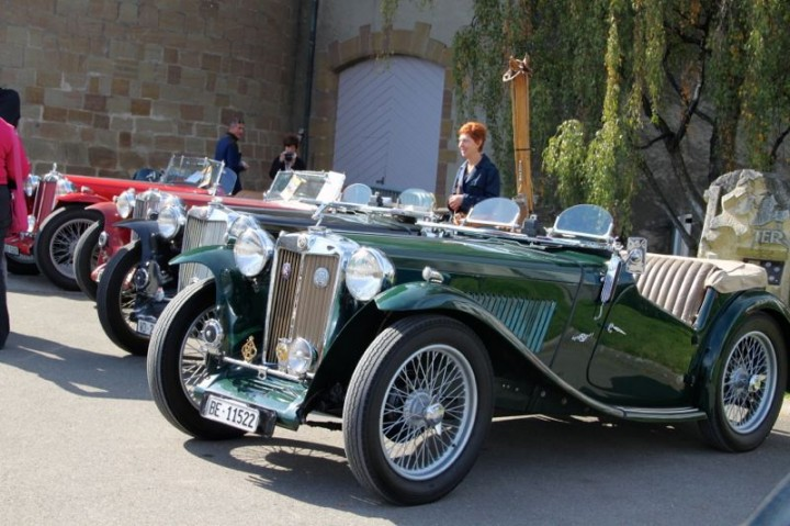 Free Swiss Classic British Car Meeting In Morges - British cars