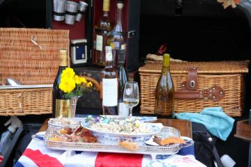 Picnic at the British classic car meeting in Morges