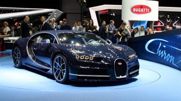 Visiting The Geneva Motor Show Genève Auto Salon In Switzerland - Car show geneva
