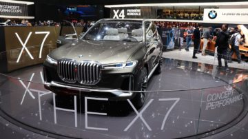 BMW X7 at the Geneva Auto Show