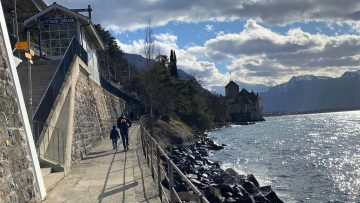 Veytaux-Chillon Train Station is the closest to the castle