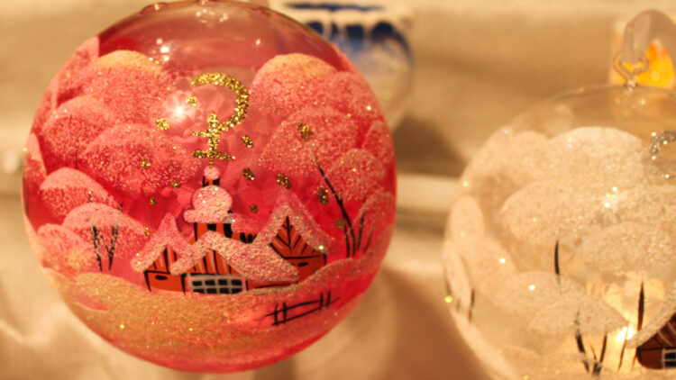 Visiting the Montreux Christmas market is a great opportunity for taking colorful photos.  Painted Glass Balls at the Montreux Christmas market