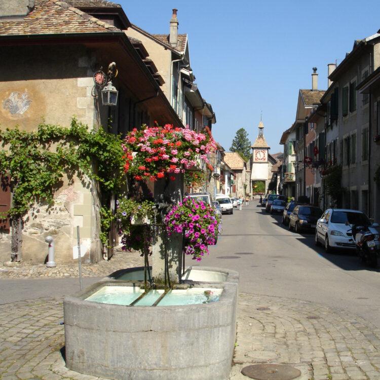Grand Rue in St Prex