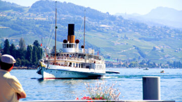 SS La Suisse Approaching Lausanne Ouchy