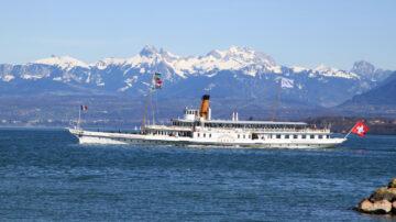 Savoie off Nyon with Snow Peaks