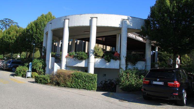 Centre thermal yverdon les bains lake geneva switzerland for Yverdon les bain